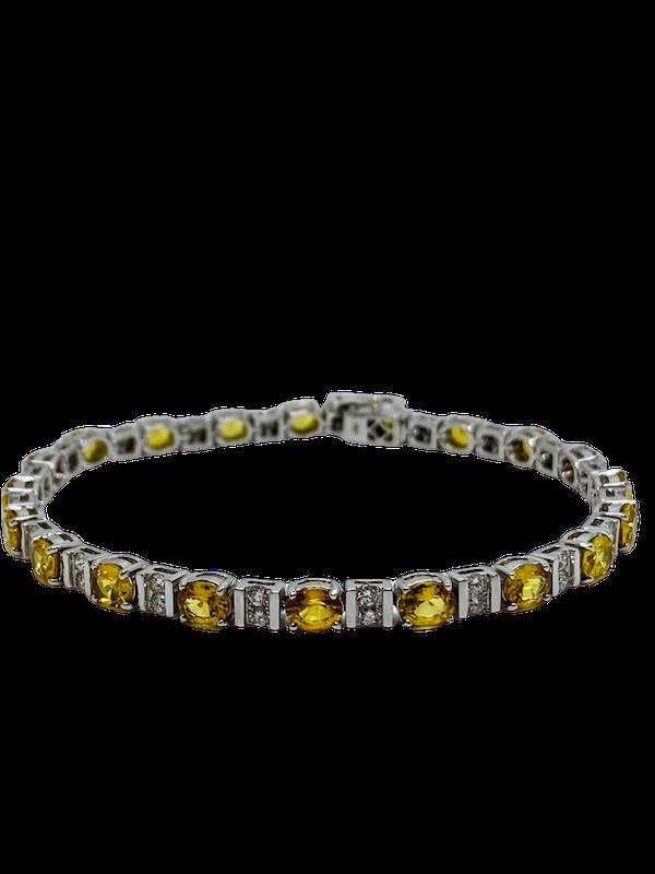 18K Yellow gold, 10.31ct Natural Yellow Sapphire and 1.02ct Diamond Bracelet - image 1