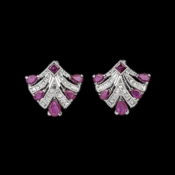 Fans shaped earrings - image 1