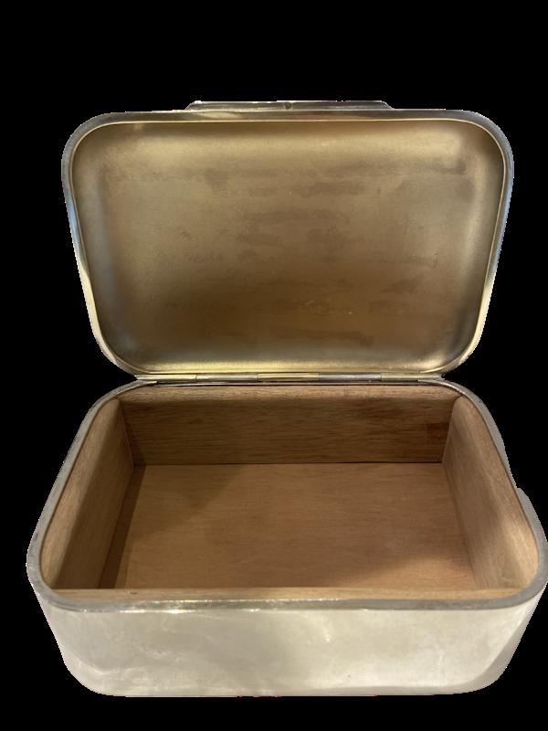 Silver box - image 1