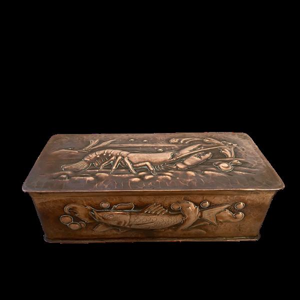 Date circa 1900, Copper Box by NEWLYN, SHAPIRO & Co - image 1
