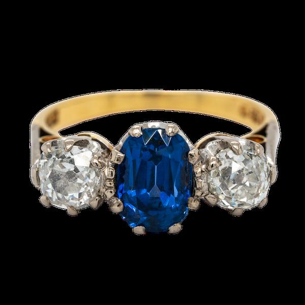 Three stone sapphire and diamond ring - image 1