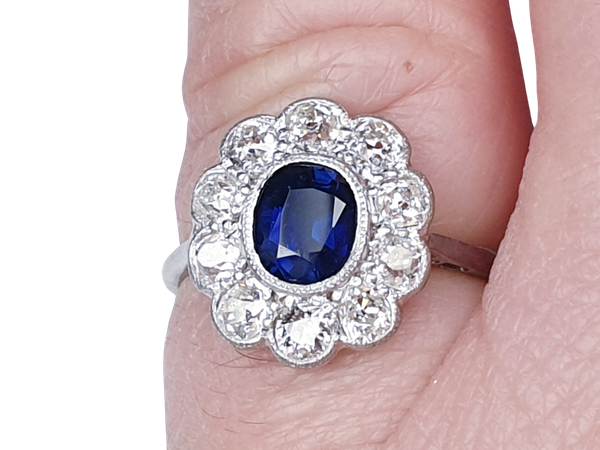 Antique sapphire and diamond cluster engagement ring - image 1