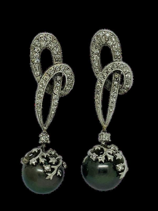 18K white gold Diamond and Black Pearl Earrings - image 1