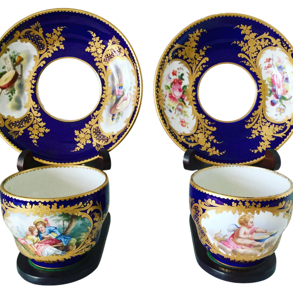 Pair of Sèvres style cups and saucers - image 1