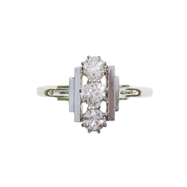 An Art Deco Diamond Platinum Ring - image 1