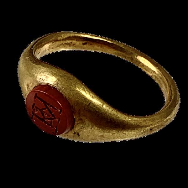 Late Roman intaglio ring - image 1