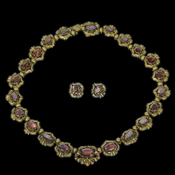 Garnet necklace & Earring Suite - image 1