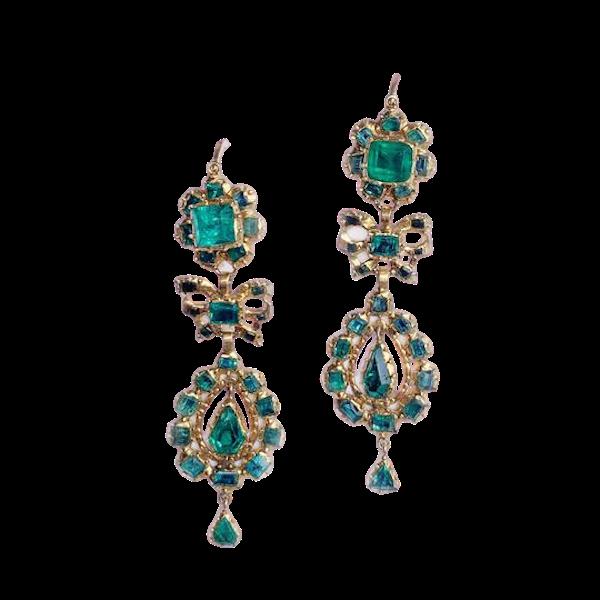 A pair of 1760 Iberian Emerald Drop Earrings - image 1