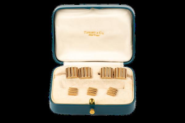 Vintage Tiffany & Co Dress Set of Cufflinks & Studs in 14 Karat Gold, *New York circa 1950. - image 1