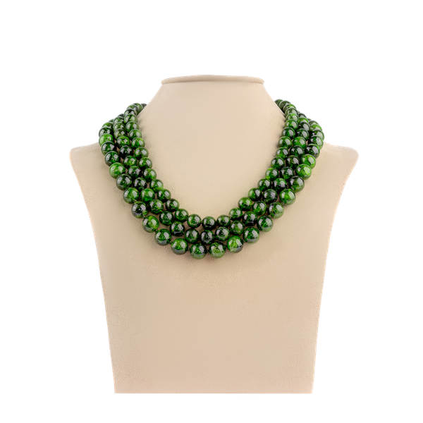 Diopside bead necklace - image 1