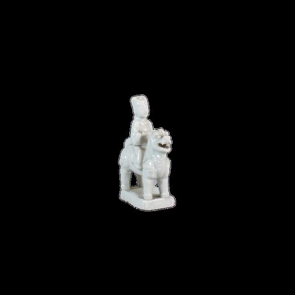 Chinese miniature blanc de chine figure - image 1