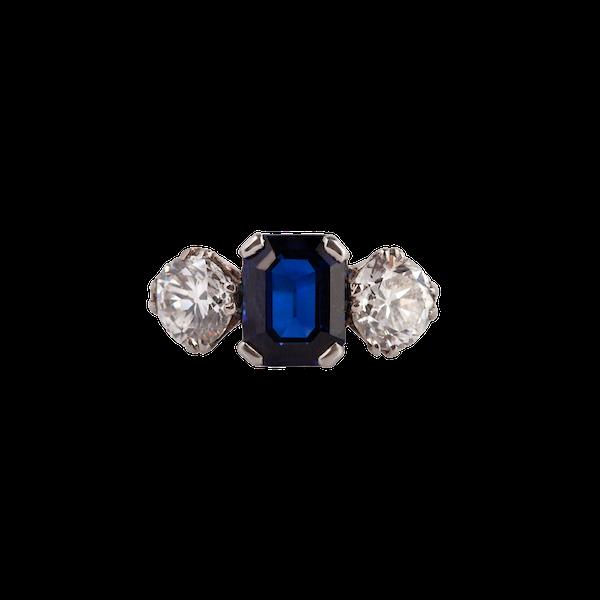 Sapphire diamond 3 stone ring - image 1