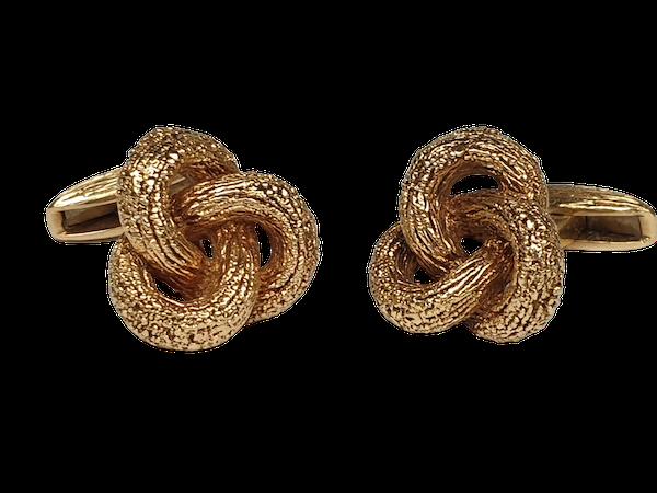 Pair of heavy 18ct gold knot cufflinks  DBGEMS - image 1