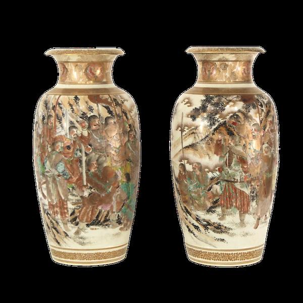 Pair Japanese Satsuma vases with decoration of Samurai - image 10