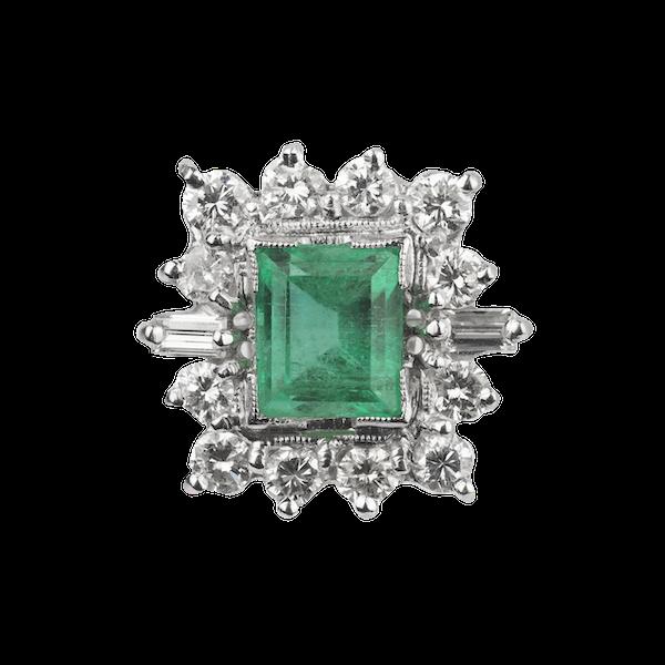 Emerald and diamond ring. Spectrum - image 1