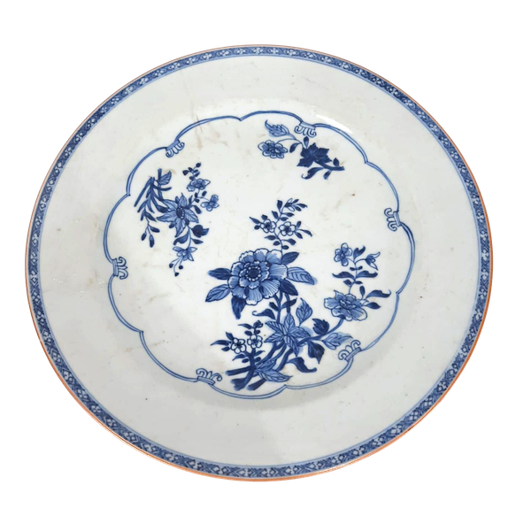 Chinese 18th Century blue and white plate - image 1