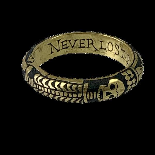 Seventeenth century Memento more gold ring - image 1