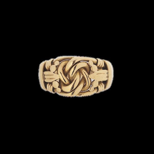 An 18 Carat Gold Knot Ring - image 1