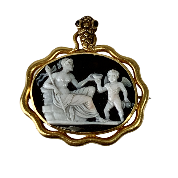 Eighteenth century cameo brooch - image 1