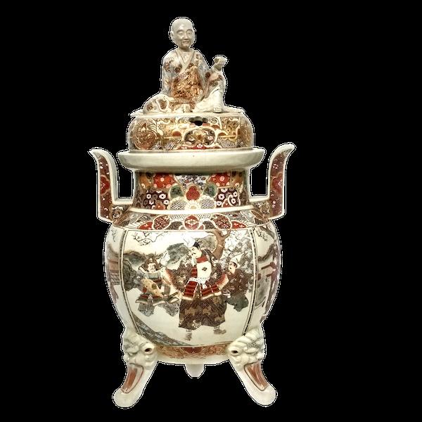 Large Japanese satsuma koro with a monk on the lid - image 1
