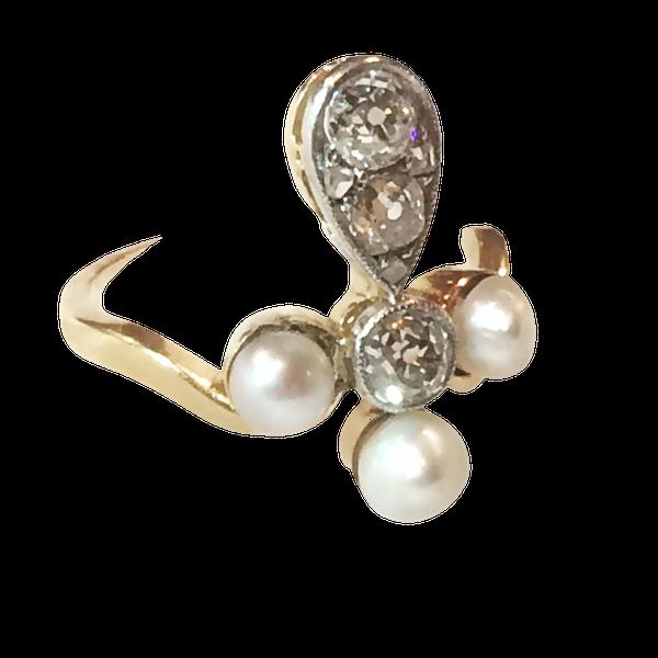 Pearl and diamond Fleur-de-lis Ring - image 1