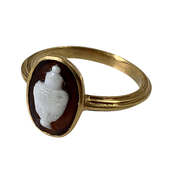 Eighteenth century memorial cameo ring - image 1