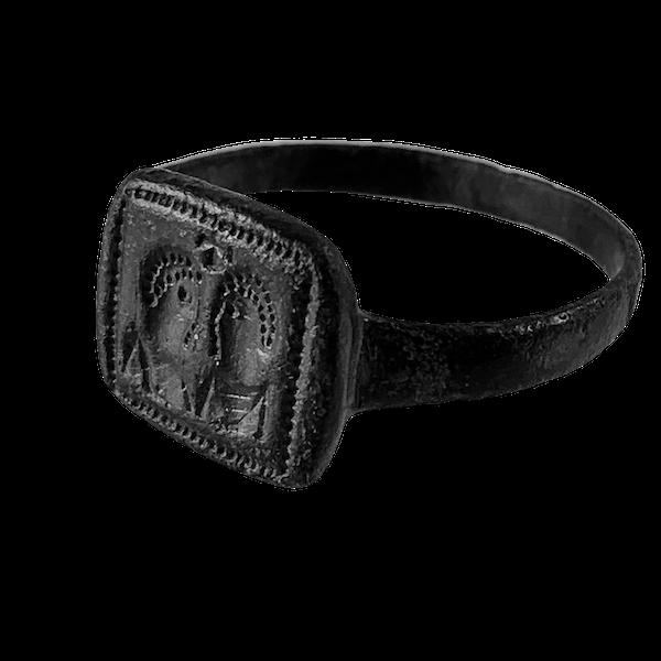 Byzantine bronze ring - image 1