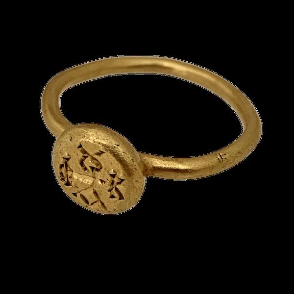 Byzantine gold ring - image 1