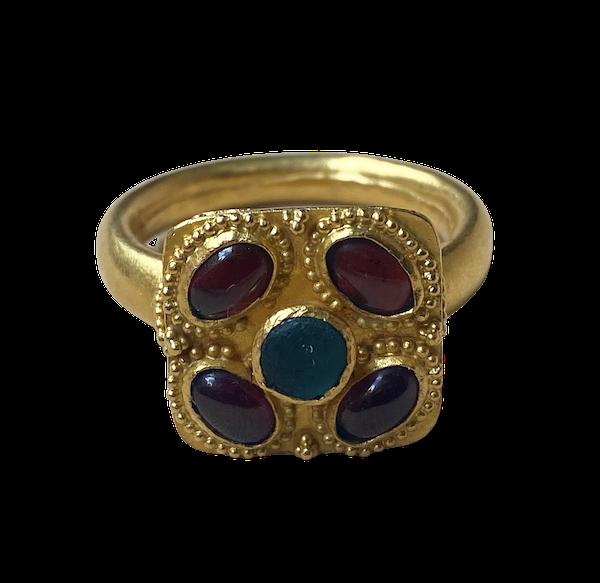 Gold gem set ring - image 1