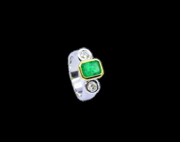 18ct Yellow & White Gold Rub Around 3 Stone Emerald & Diamond Ring - image 1
