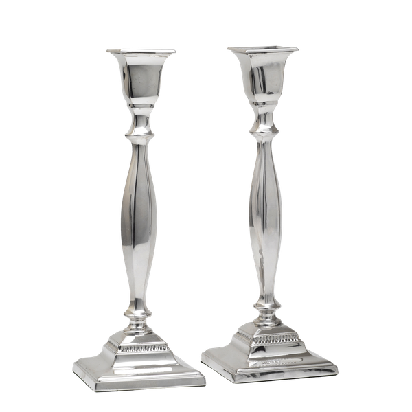 A pair of quality silver candlesticks - image 1