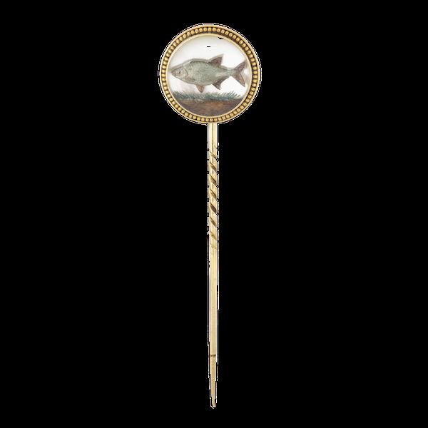 A Rock Crystal Fish Gold Tie Pin - image 1