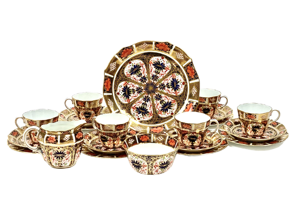 Royal Crown Derby tea service - image 1