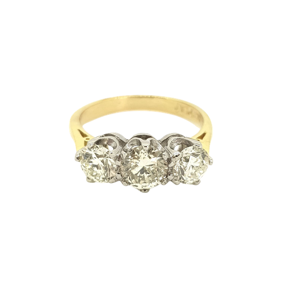 Diamond 3 stone ring, 1.80 carats in total - image 1