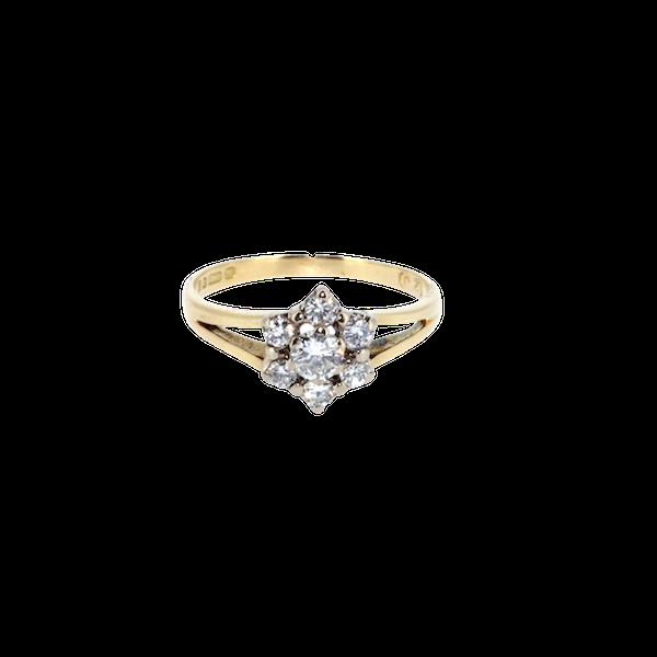 Diamond Flower Cluster Ring. S. Greenstein - image 1