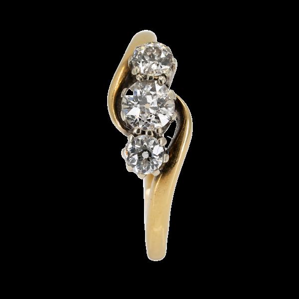 3 stone crossover diamond ring - image 1