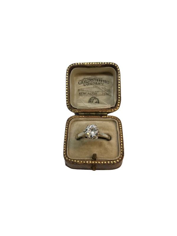 1.3ct Antique single solitaire diamond ring - image 1