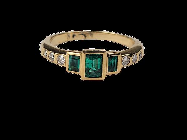 Emerald and diamond ring sku 4943  DBGEMS - image 1