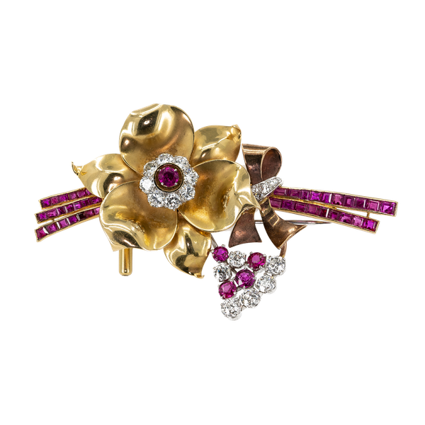 """A """"Retro"""" Brooch from the 1940's, Offered by The Gilded Lily - image 1"""