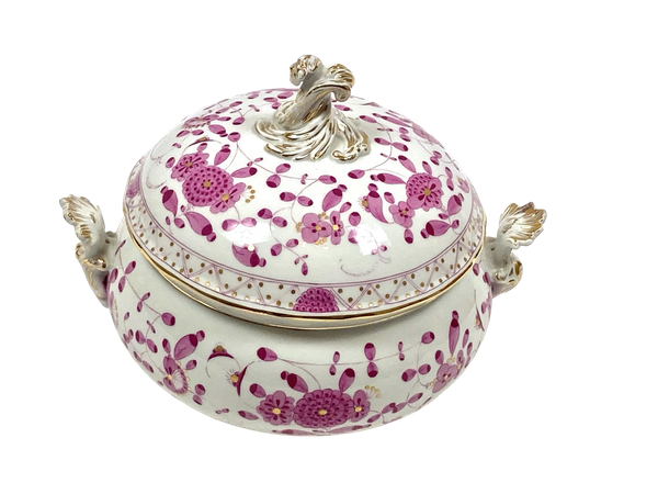 Circular Meissen tureen and cover - image 1