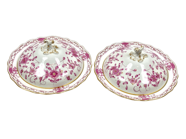 Pair 19th century Meissen vegetable tureens and covers - image 1