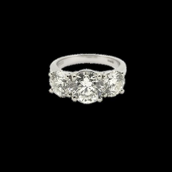 Platinum Diamond 3 stone ring, Estimated to be 4.50 cts @Finishing Touch - image 1
